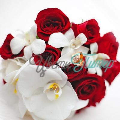 Букет невесты из роз и орхидей - Купить